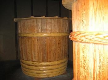 11.醸造桶.jpg