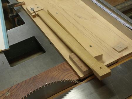 木工家、国本貴文、ダイニングチェアーの製作工程、前足ー09.jpg