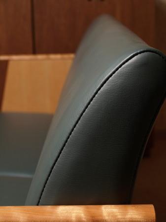 002、ブラックチェリーのソファ.jpg