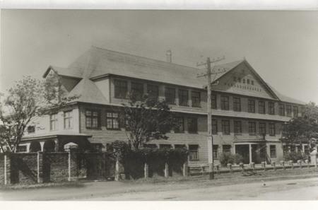 003、北星学園の木造校舎昭和4年.jpg