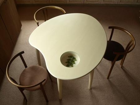 025、特注のパレットテーブル1.jpg