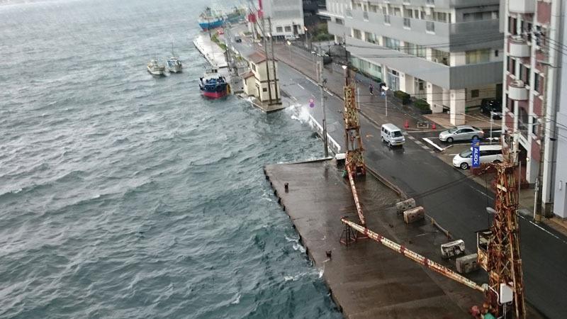 長崎市7日朝、4月の観測史上最大となる29.3メートルの最大瞬間風速 2.JPG