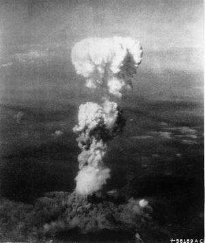 300px-Atomic_cloud_over_Hiroshima[1].jpg