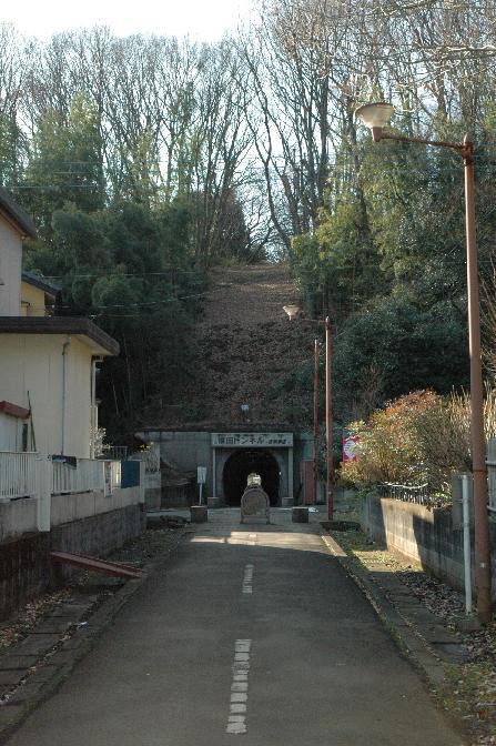 横田トンネル3.jpg