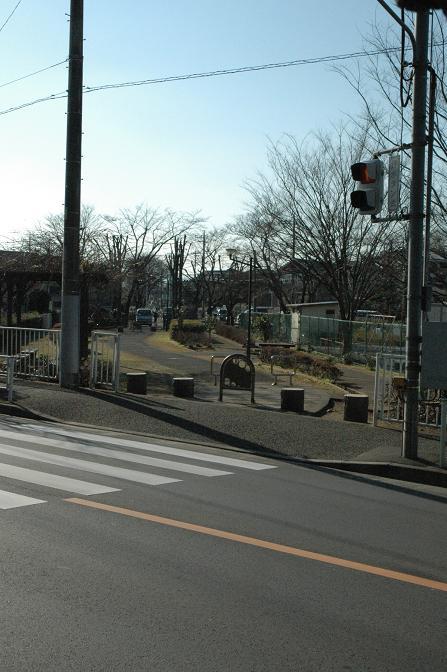 横田トンネル前.jpg