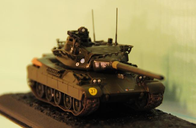 2 AMX-30.jpg