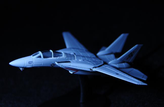 24 F14.jpg