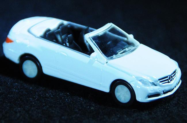 3 E-Class Cabriolet.jpg