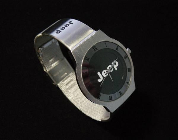 JEEPの腕時計.jpg