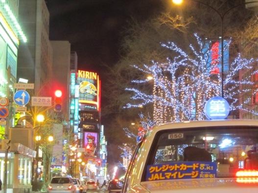 ホワイトイルミネーション駅前通り02.jpg