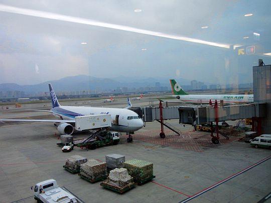 台北松山空港12