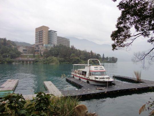 日月湖10