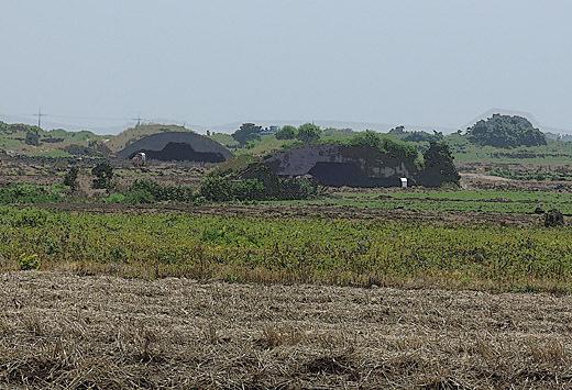 C14年6月19日旧日本軍飛行場1-520.jpg