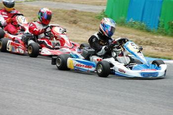 5_race3.jpg