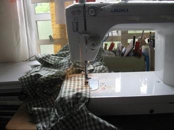 ブリちゃんの所の教材 縫いぬい.jpg