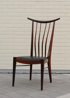 欅スピンドルの椅子.jpg