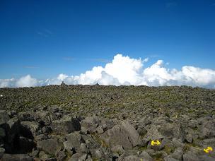 広い山頂.JPG
