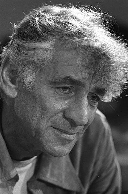 396px-Leonard_Bernstein_1971.jpg