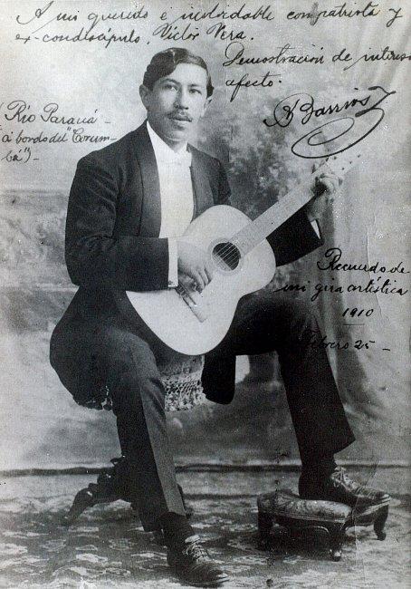 Agustin_Barrios_1910.jpg