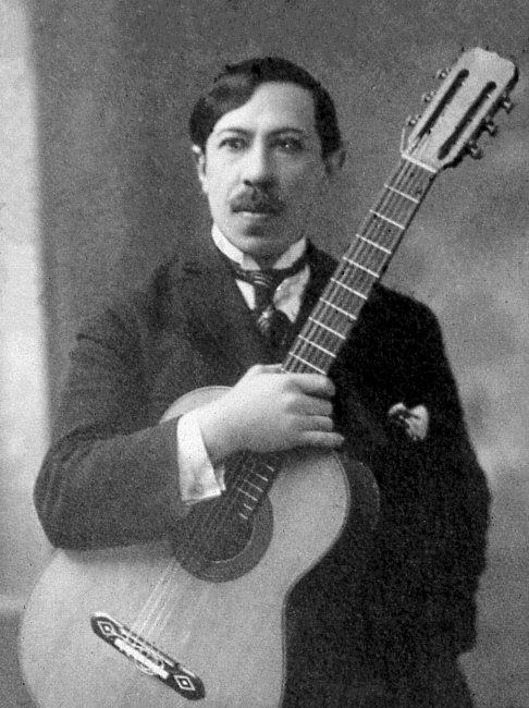 Agustin_Barrios_1922.jpg