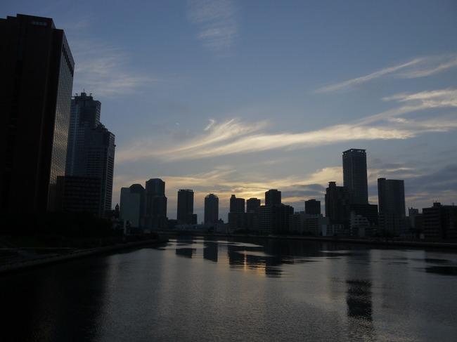 0456_勝鬨橋から朝焼け.JPG