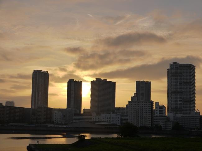 0505_有明運河から朝焼け.JPG