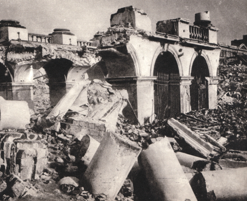 The_Saski_Palace_Warsaw,_destroyed_by_Germans_in_1944.jpg