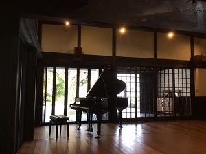 ピアノ納品けやきの杜1.jpg