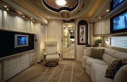 luxury_motorhome_2.jpg