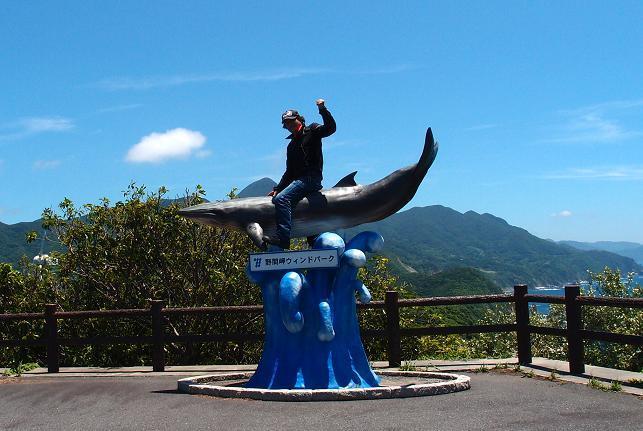 25 クジラに乗った少年.JPG