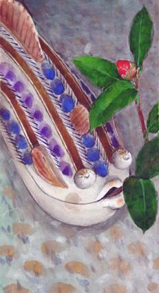 魚の蓋物と蕾の椿縦長.jpg