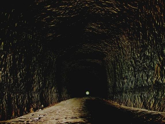 トンネル1.jpg
