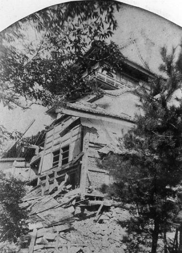 犬山城と濃尾地震.jpg