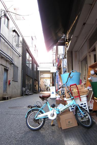 IMG_1704ブルー自転車2.JPG