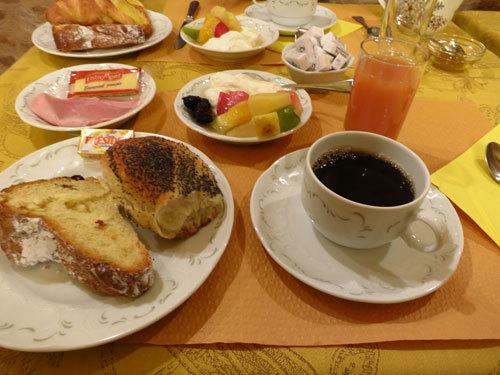bIMG_0401コルマール朝食.jpg