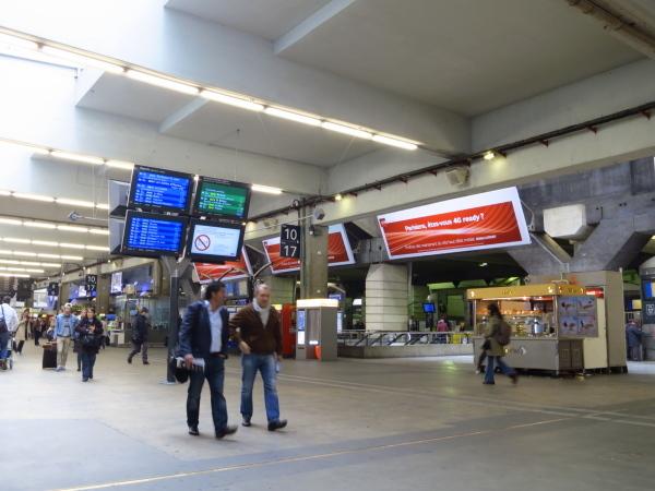 bIMG_0815モンパルナス駅.JPG