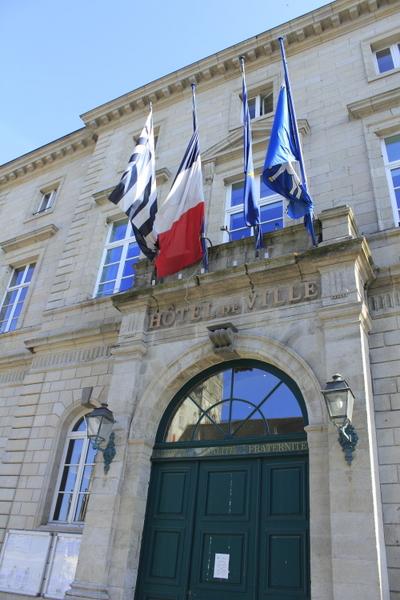 bIMG_9774市庁舎.JPG