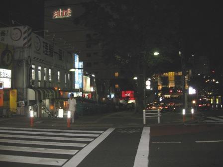 東急線出口からJR大井町中央口を臨む(写真)