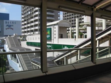 お台場海浜公園駅~デックスへの連絡通路(写真)②