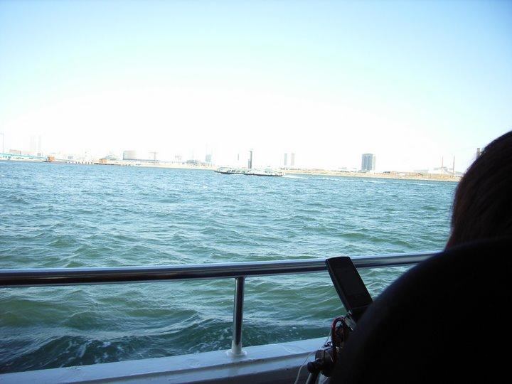 水上バス横から眺め(写真)