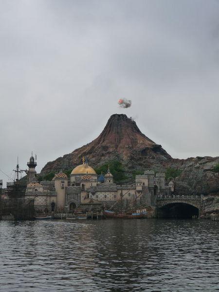プロメテウス火山 20090701_002.jpg