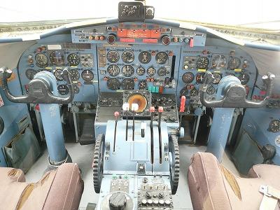 2010.3.17 航空科学博物館 009.jpg