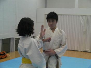 昭島男子突きを受ける.JPG