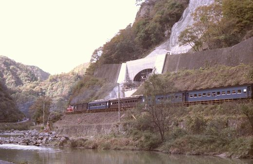 19821103福知山線・武田尾003-1.jpg