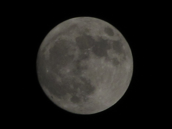 2010505_supermoon_iso80_1div250.jpg