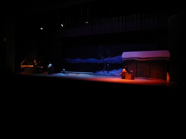 姫路の花こまによる佐倉義民伝の舞台.jpg