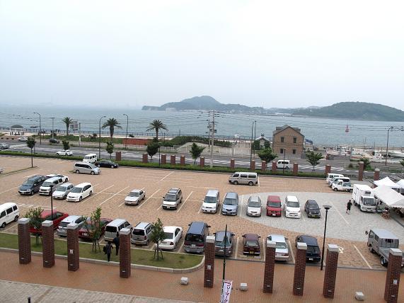 天辺の部屋から関門海峡が見えます.JPG