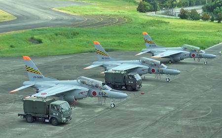 T-4駐機中.jpg